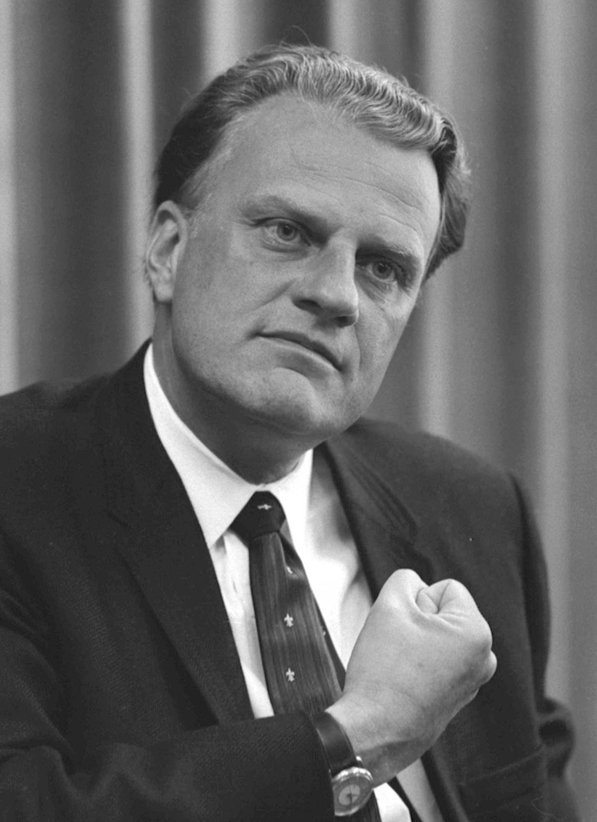 """Why the """"Billy Graham Rule"""" is a goodthing"""